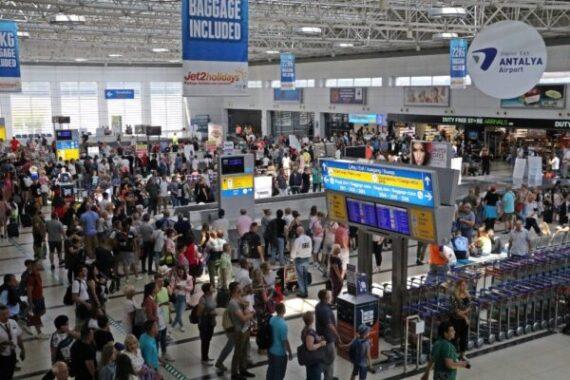 11 ayda 42,9 Milyon yabancı ziyaretçi geldi.