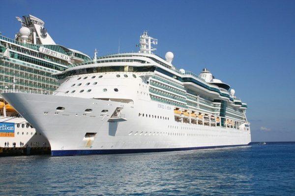 Royal Caribbean operasyonuna ara verdi.