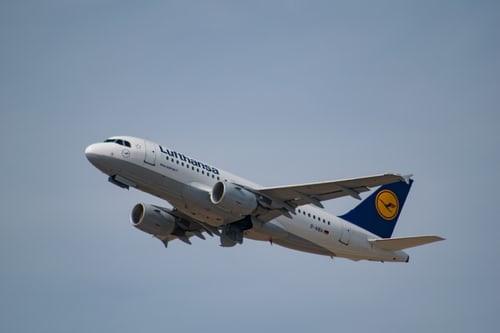Lufthansa 23.000 uçuşu iptal etti.