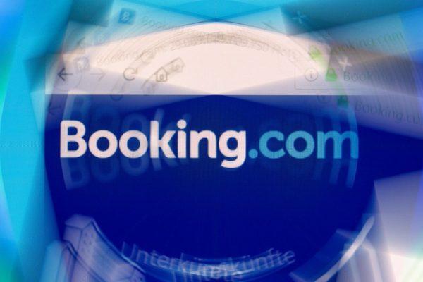 Booking.com'un CEO'su koronavirüse yakalandı.