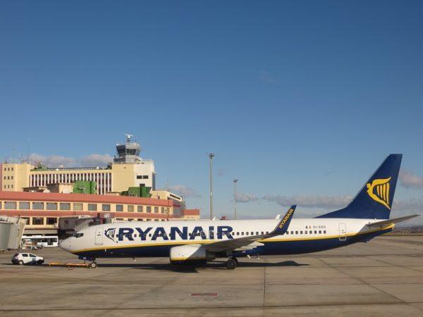 Avrupa'da yaklaşık 5500 uçak park halinde...