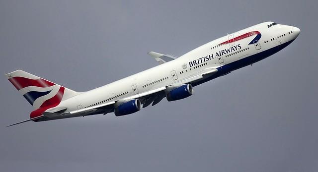 British Airways 30.000 çalışanı askıya alıyor.
