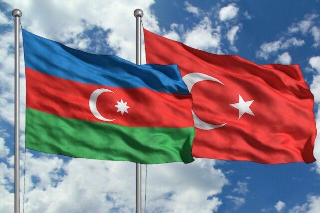 Azerbaycan'a aşı sertifikası ile seyahat başlıyor