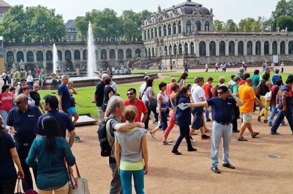 Dünyada Turist Sayısı % 83 düştü