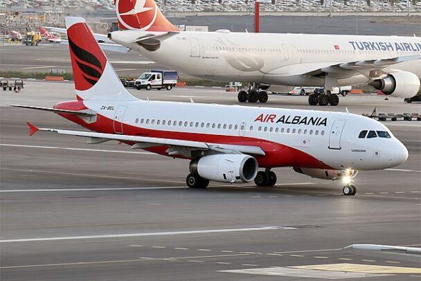 Air Albania Arnavutluk'un yeni havalimanından İstanbul'a uçuyor