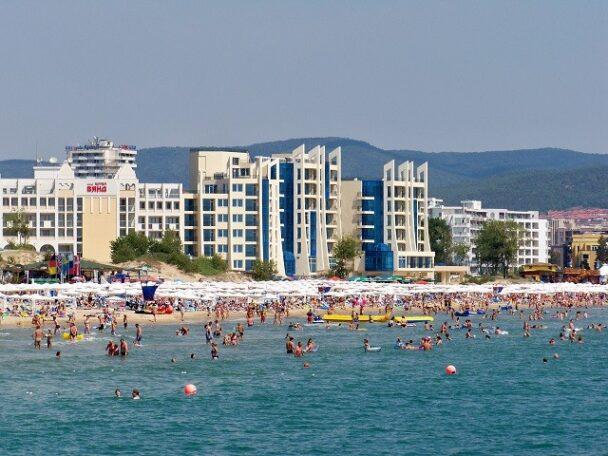 Bulgaristan, İngiliz turistlere yasak getirdi