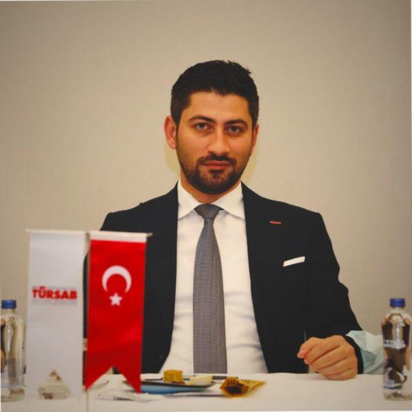 TÜRSAB Bölge Başkanı Kürşat Özeken yaşamını yitirdi