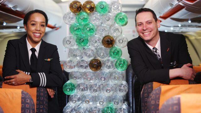 easyJet plastik şişelerden yapılmış üniforma kullanacak