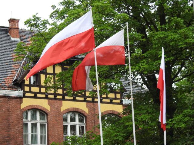 Polonya, Türk Vatandaşları için Seyahat Kısıtlamalarını Kaldırdı